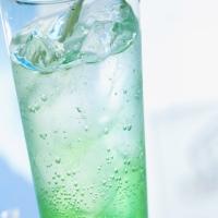 напитки, лед в летнюю пору