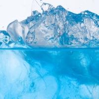 Летние напитки, лед летом
