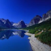 Изумительный обзор на чистую природу, незапятнаная природа, где не ступала нога людей