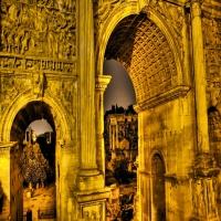 Старинная античная архитектура